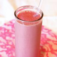 strawberry beet protein smoothie