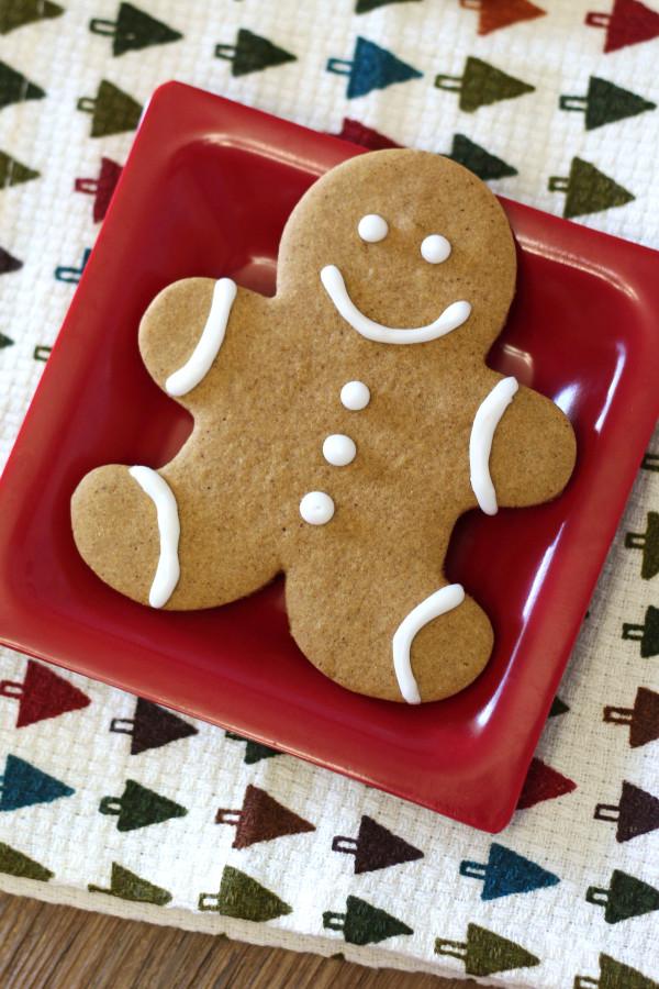 Gluten Free Vegan Gingerbread Men Cookies