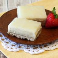gluten free vegan lemon cheesecake bars