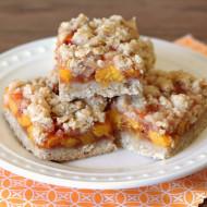gluten free vegan peach crumb bars