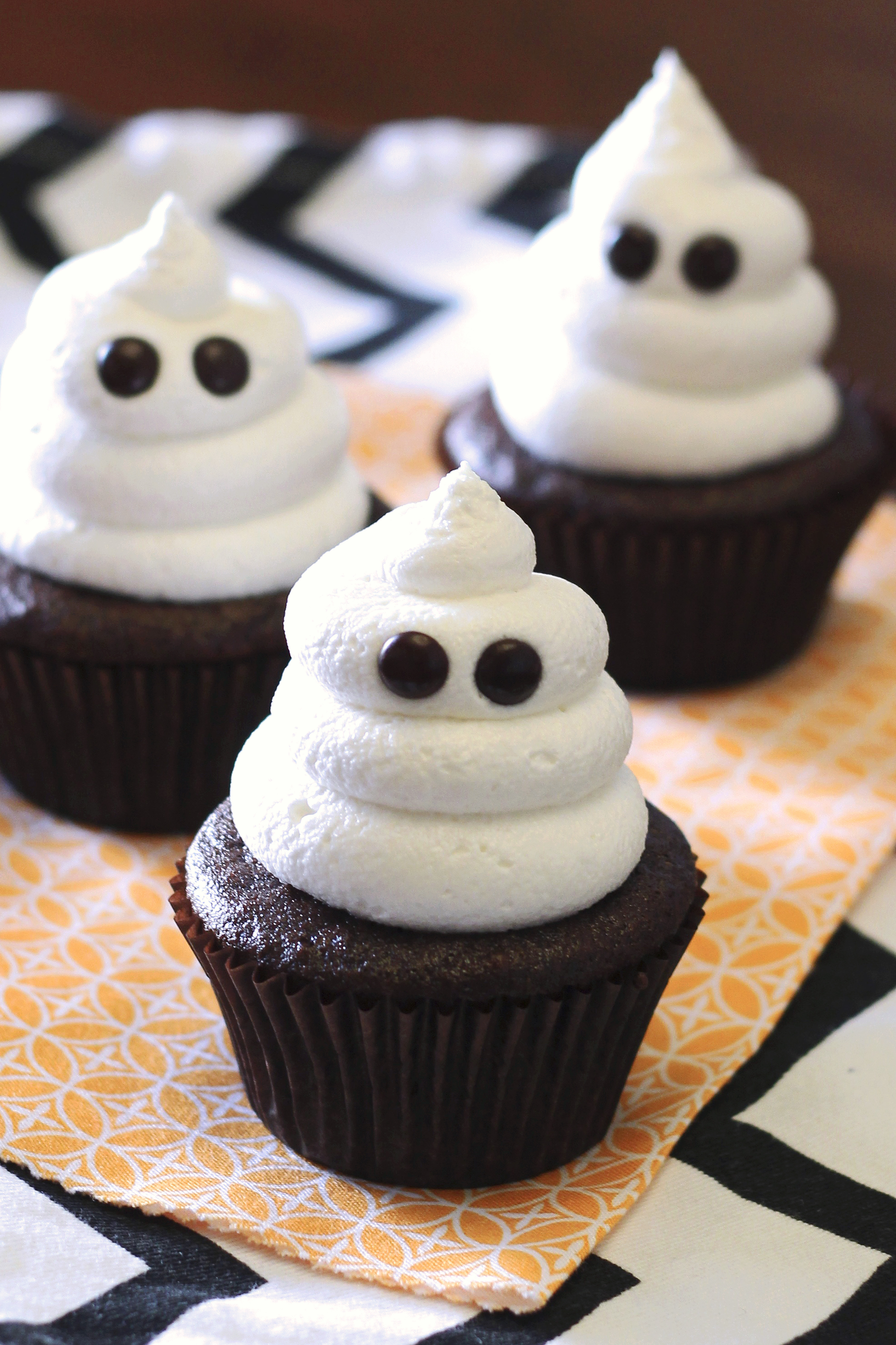 Gluten Free Vegan Ghost Cupcakes. Just about the cutest, spookiest cupcakes you ever did see!