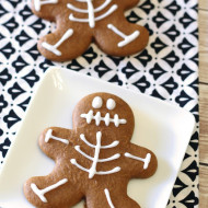 gluten free vegan gingerbread skeleton cookies