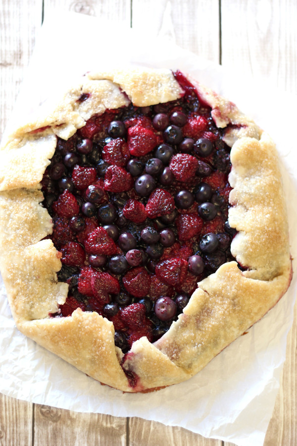 Gluten Free Vegan Rustic Berry Pie. Flakey crust, filled with juicy summer berries. My kind of pie!