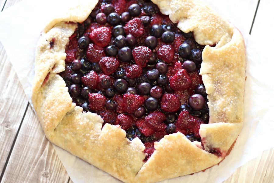 Gluten Free Vegan Rustic Berry Pie. Flakey crust, filled with juicy summer berries. My kind of pie!