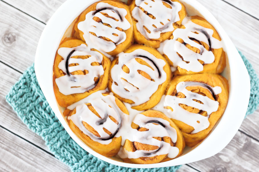gluten free vegan pumpkin cinnamon rolls2