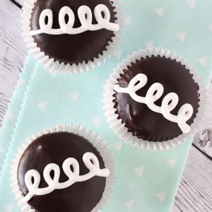 Gluten Free Vegan Hostess Cupcakes. A childhood fave, now allergen free! Recipe found at sarahbakesgfree.com