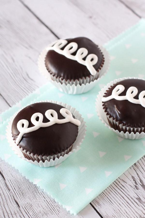 Gluten Free Vegan Hostess Cupcakes. A childhood favorite snack cake, now allergen free!