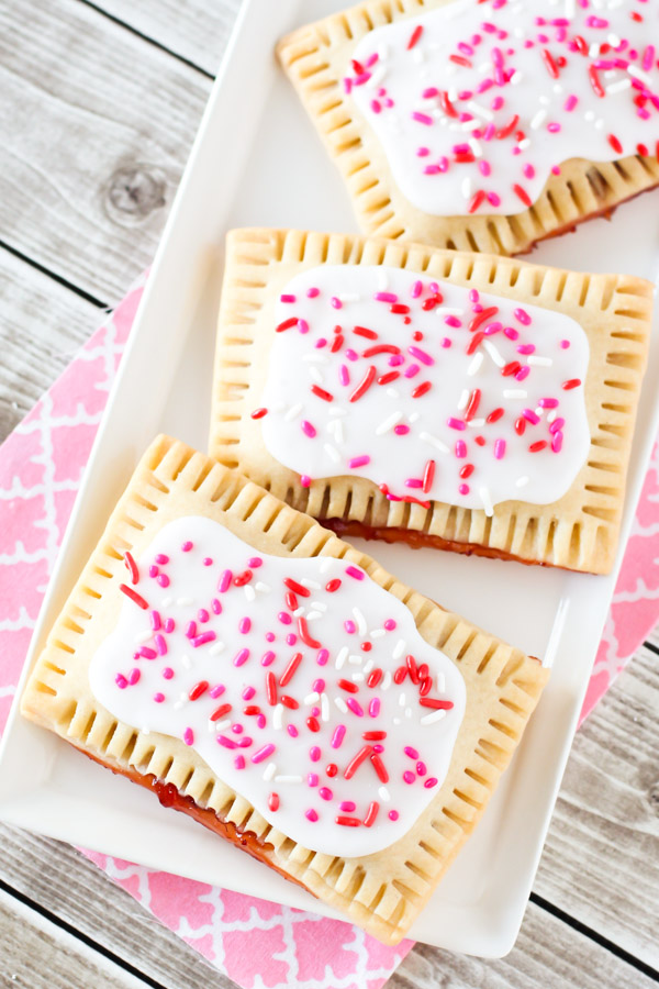 gluten free vegan pop tarts. adorable!
