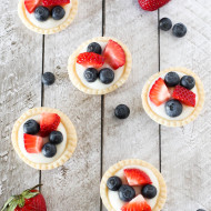 gluten free vegan mini fresh fruit tarts