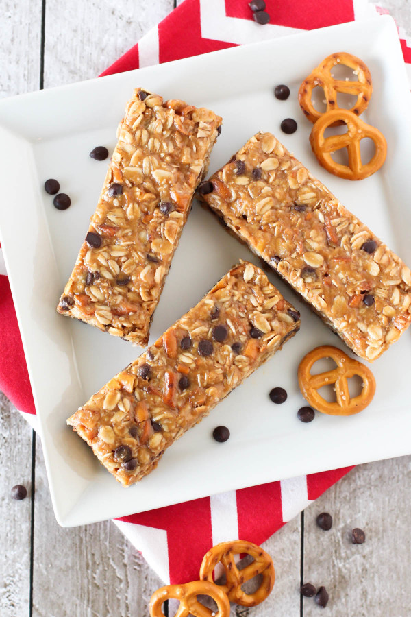 Gluten Free Peanut Butter Pretzel Granola Bars. Homemade granola bars always taste better, especially when pretzels, peanut butter and chocolate is involved!