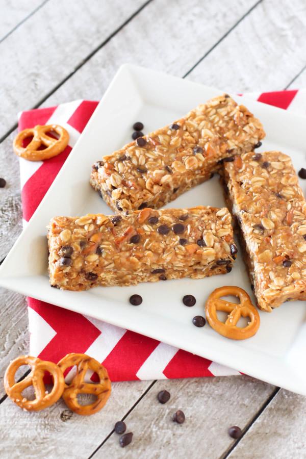 Gluten Free Peanut Butter Pretzel Granola Bars. Homemade granola bars ...
