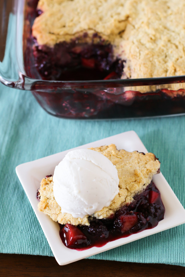 Gluten Free Vegan Blackberry Apple Cobbler. Fresh blackberries and sweet apples, with a flaky biscuit topping. Topped with So Delicious coconut milk ice cream!