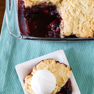 gluten free vegan blackberry apple cobbler