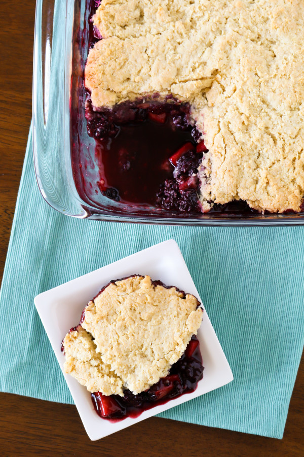 Gluten Free Vegan Blackberry Apple Cobbler. Fresh blackberries and sweet apples, with a flaky biscuit topping. A summertime must!