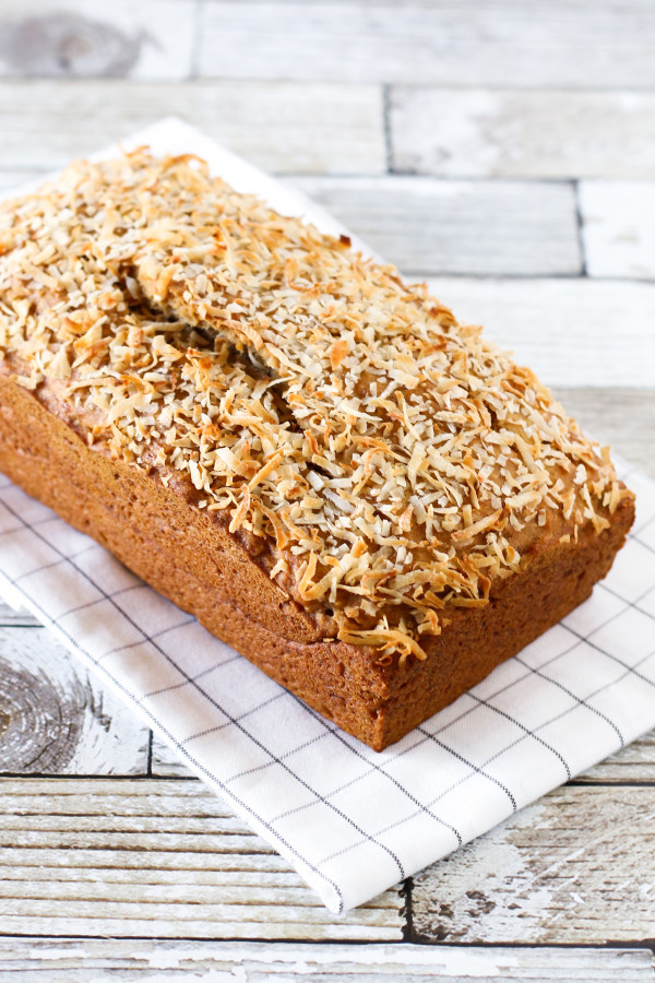 Gluten Free Vegan Coconut Banana Bread. Naturally sweetened, with just the right amount of shredded coconut!