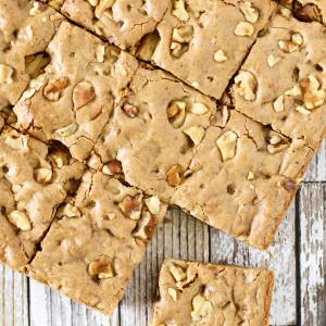 gluten free vegan maple walnut blondies