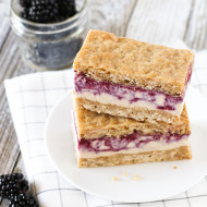 gluten free vegan blackberry crisp ice cream sandwiches