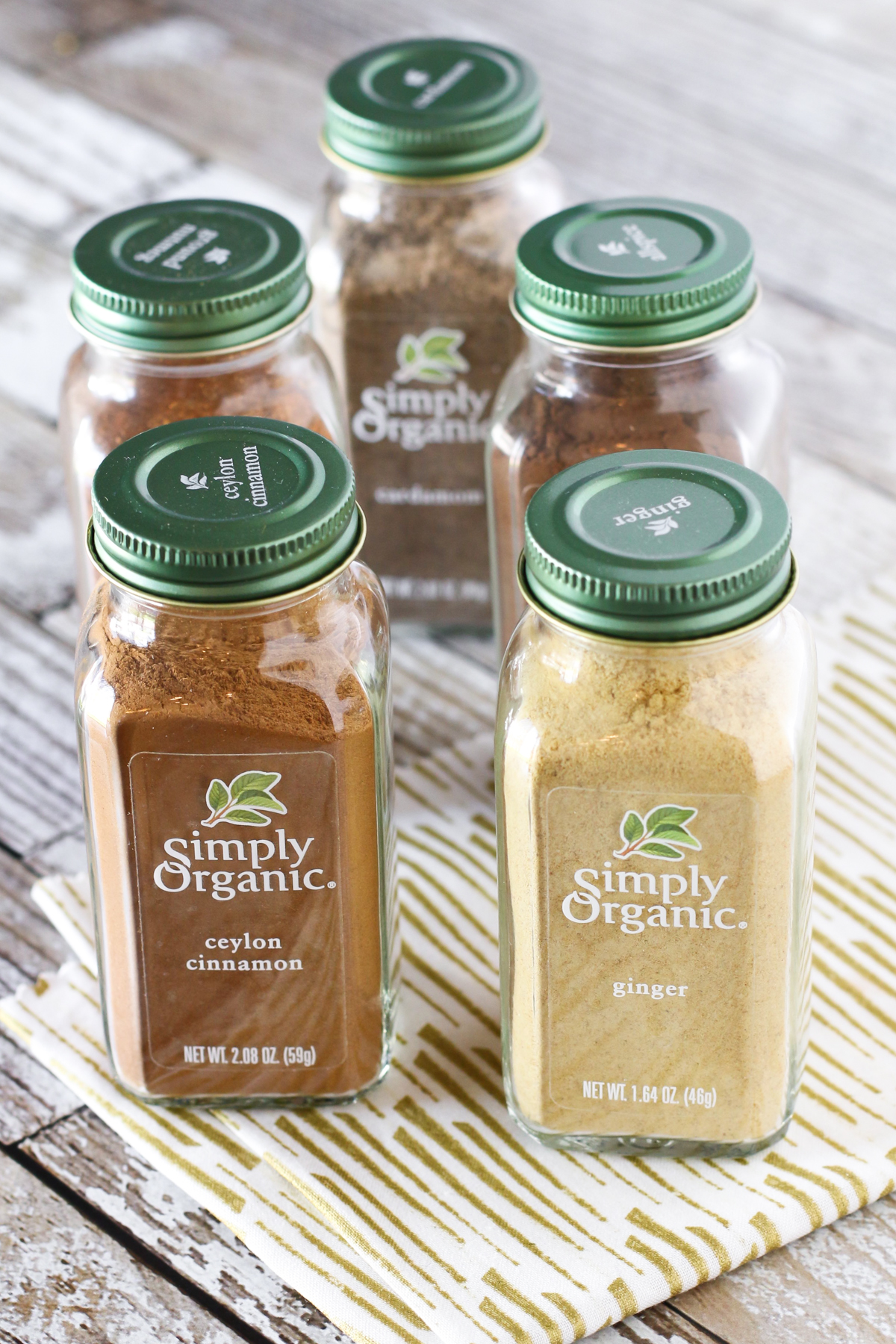These fall spices from Simply Organic make this gluten free vegan chai spiced pear crisp simply delicious!
