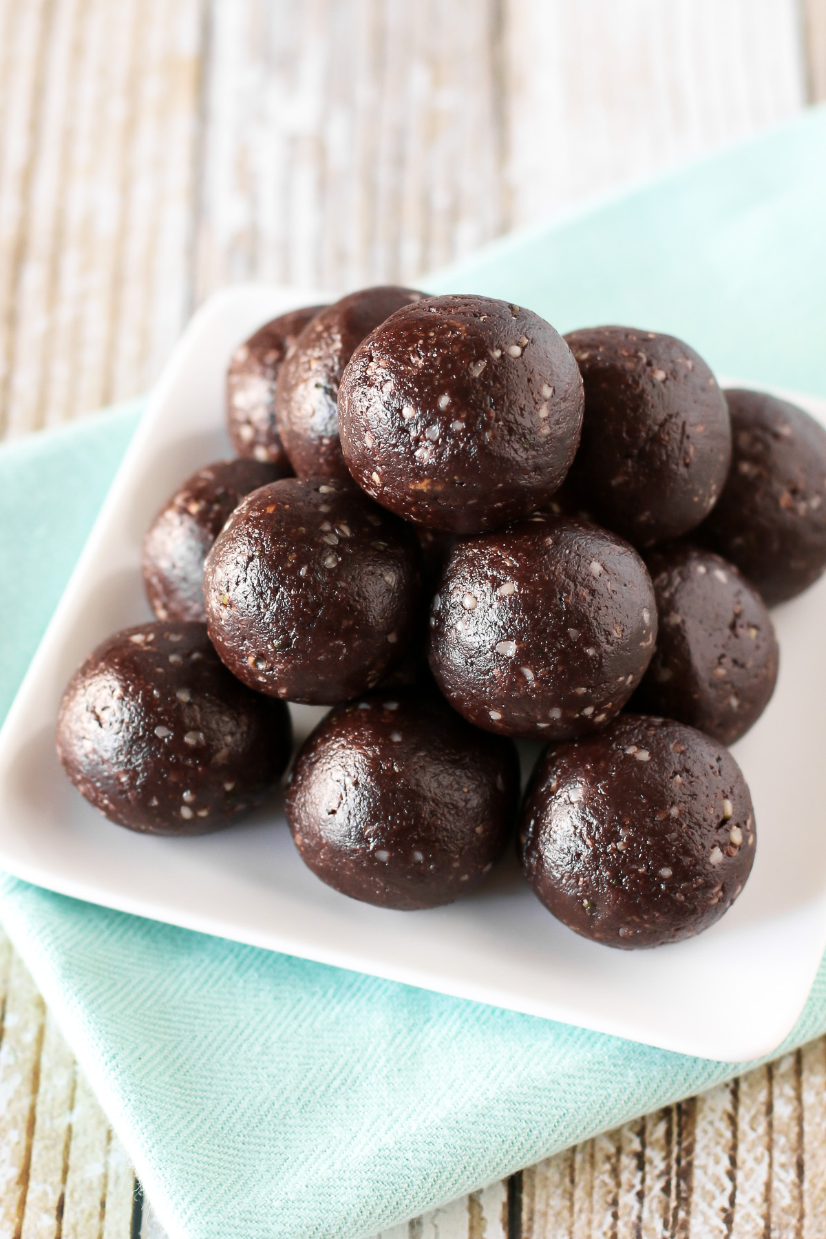 Paleo Chocolate Brownie Energy Bites. These no-bake brownie bites are packed with protein and naturally sweetened. You can't eat just one!