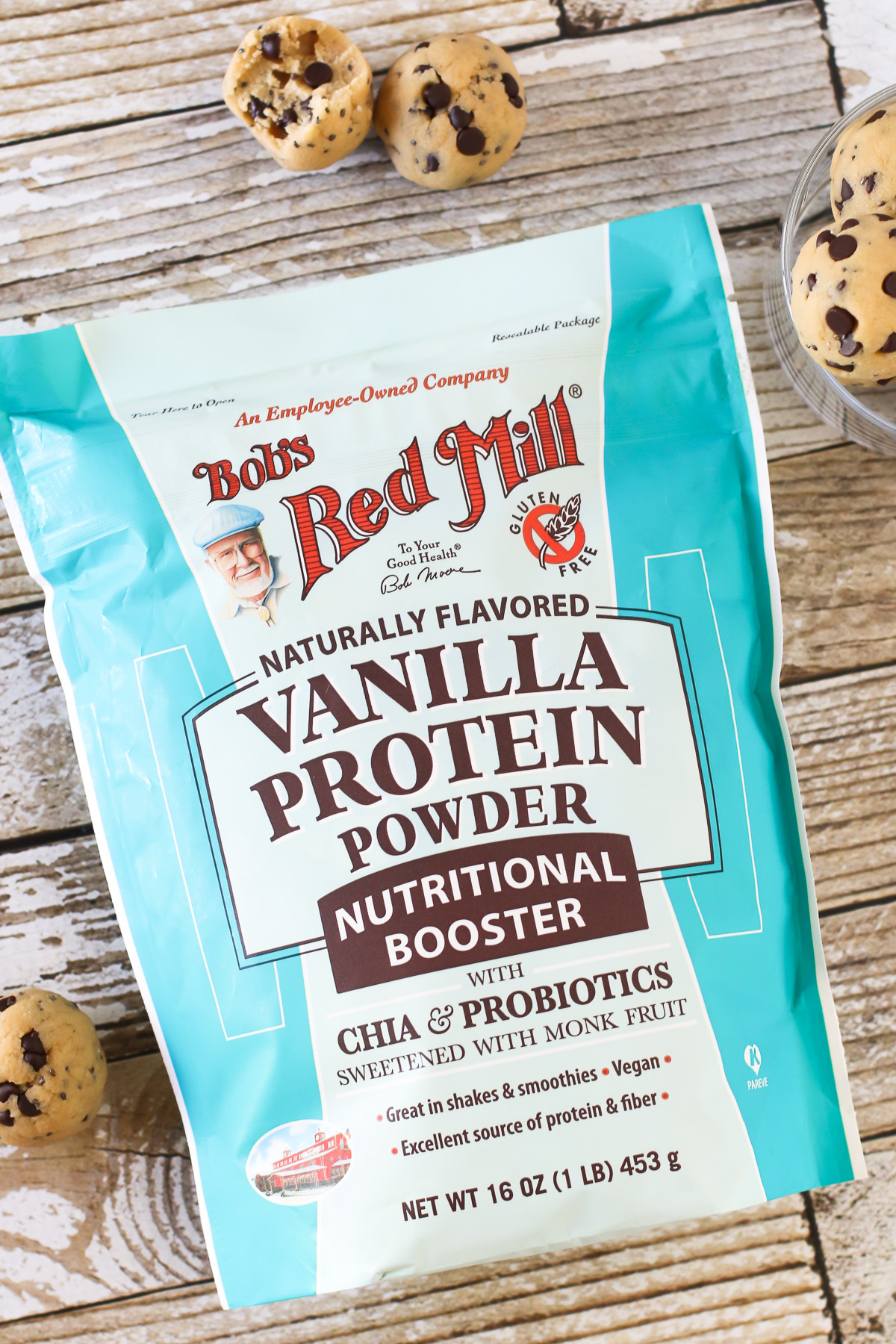 Chocolate Chip Cookie Dough Protein Bites. Made with Bob's Red Mill vanilla protein powder, these no-bake protein bites tastes just like chocolate chip cookie dough!