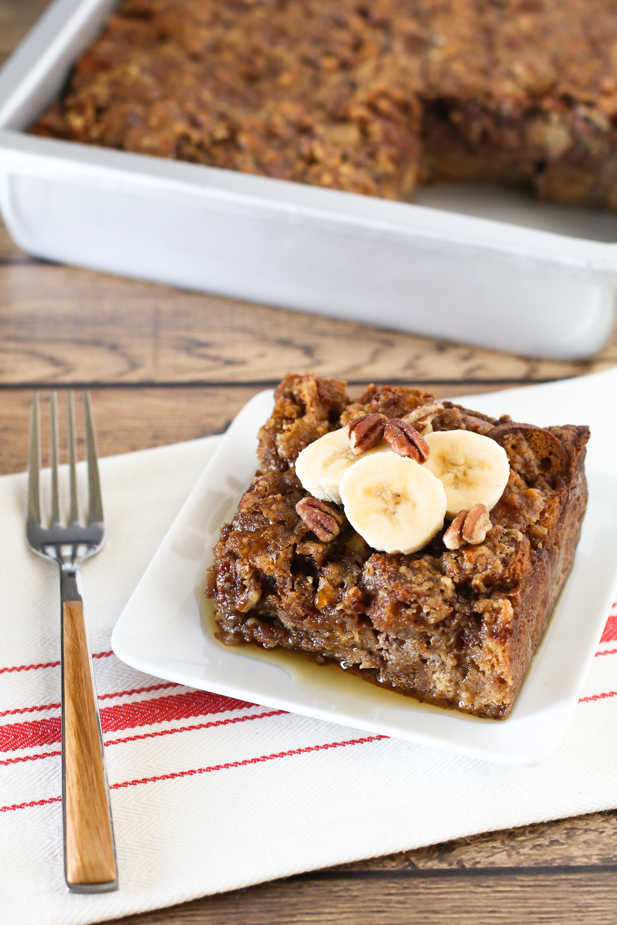 Gluten Free Vegan Banana Pecan Baked French Toast. Baked to perfection, this decadent breakfast is so moist and flavorful!