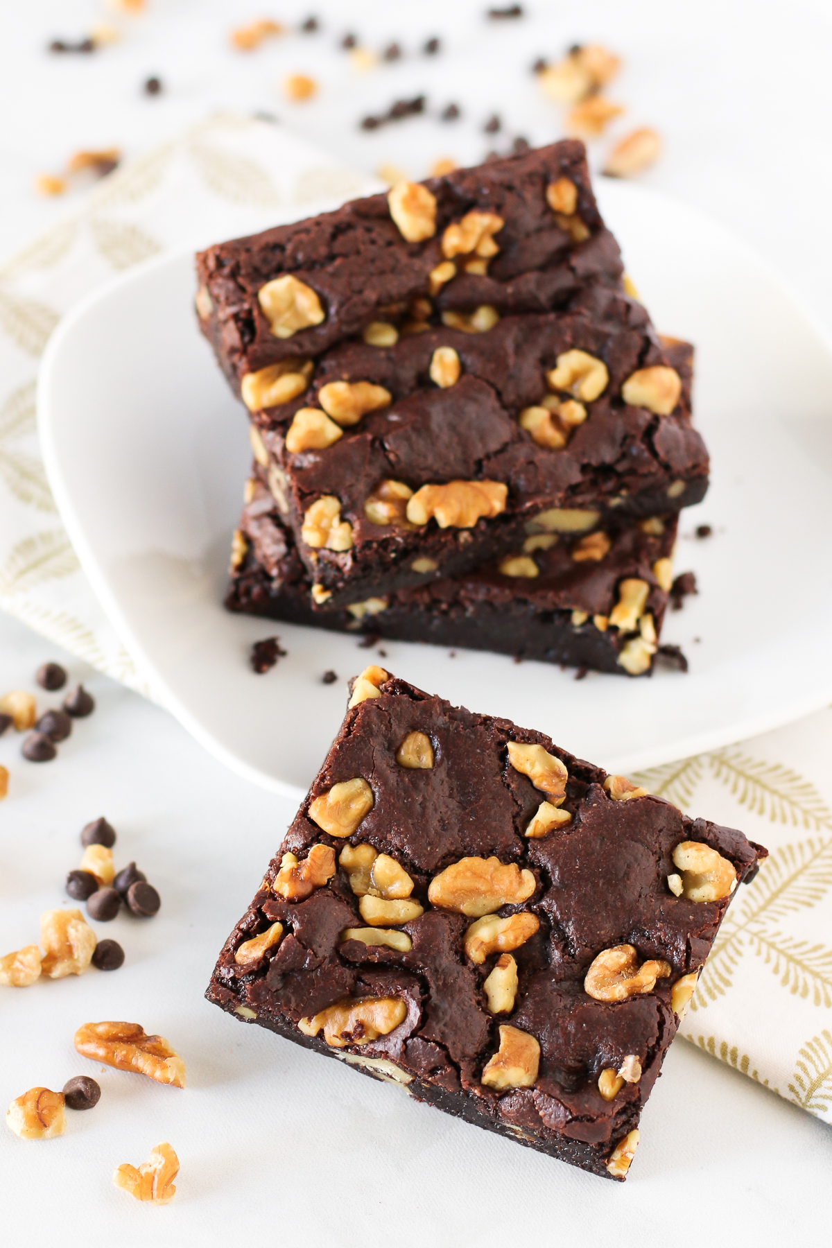 Gluten Free Vegan Walnut Brownies. Fudgy, chewy brownies, loaded with crunchy walnuts. My kind of brownie!