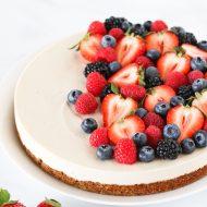 gluten free vegan berry cheesecake