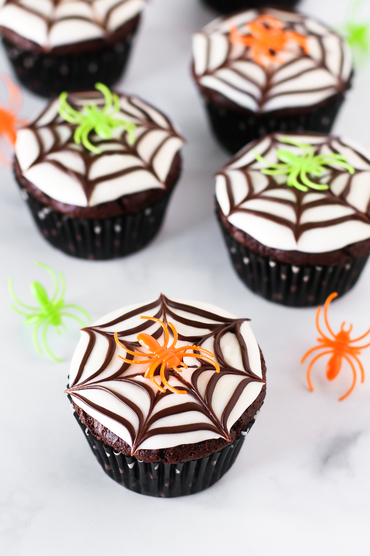 Gluten Free Vegan Chocolate Spiderweb Cookies. The kids won't be able to resist these SPOOKALICIOUS allergen-free cupcakes!