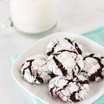gluten free vegan chocolate crinkle cookies